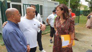 Carole Delga dans le quartier Amouroux